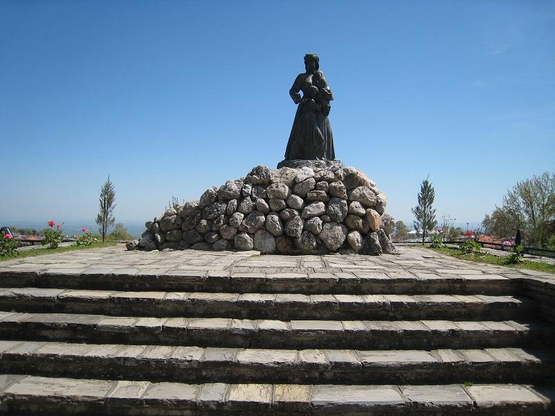 Naoussa Woman Statue