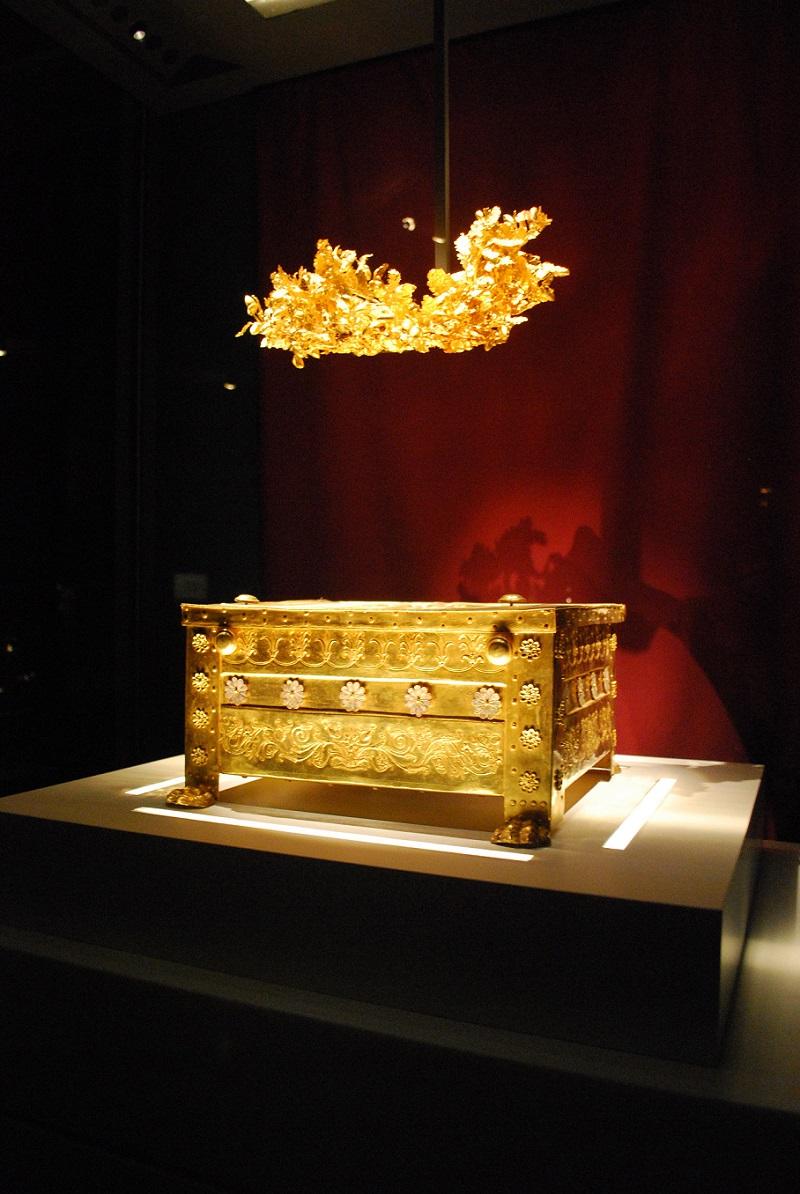 Philip II Larnax, Vergina